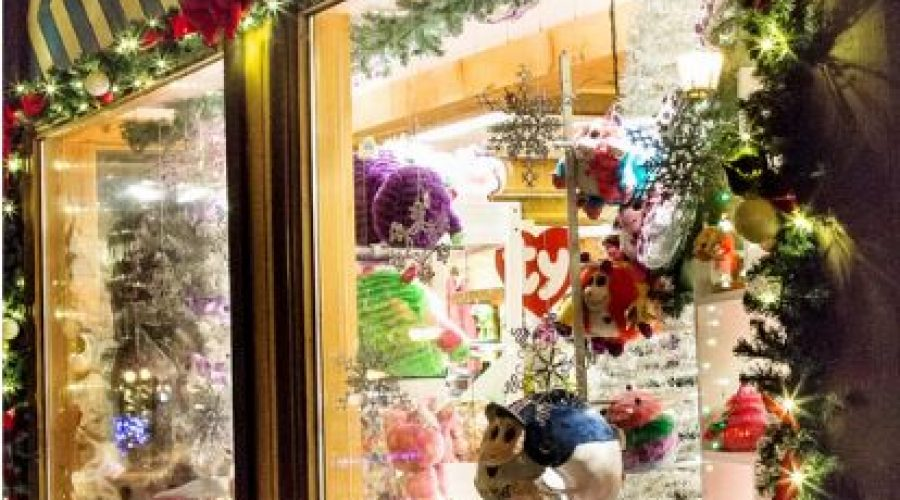 Participant Rules – 2018 Holiday Window Decorating Contest
