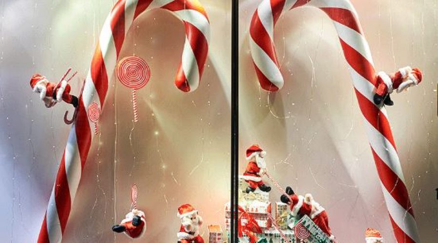 2nd Annual Holiday Window Decorating Contest